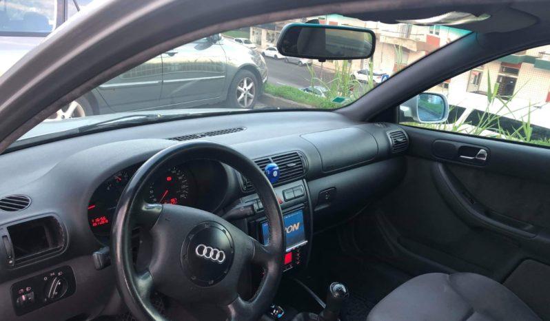 Usado Audi A3 2000 cheio