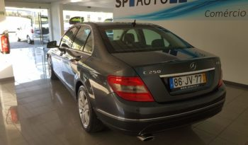 Usado Mercedes-Benz Classe C 2009 cheio